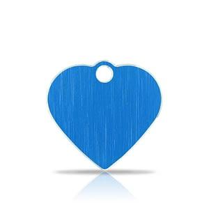 Nimilaatta kaiverruksella - Hi-line Alumiini pieni sydän, sininen