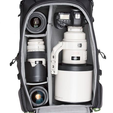 BackLight-36L_0005_BackLight-36L-Gear-Canon1-091_0985893f-7c78-47bc-a7ac-0bc6bf11892c