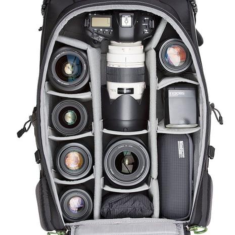 BackLight-36L_0004_BackLight-36L-Gear-Canon2-096_73f1b637-8213-4f70-9051-de62484281e9