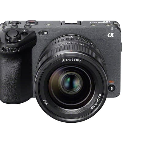 CX95900_SEL24F14GM_front_top