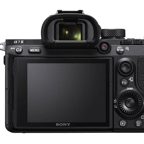 Sony a7 III 24.2 megapikselin kamerarunko