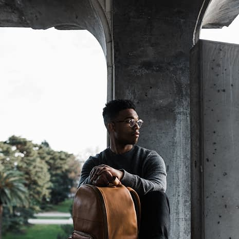 the-tourist-full-grain-leather-backpack-409034_1600x