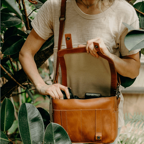 Kelly Moore Bag The Scout
