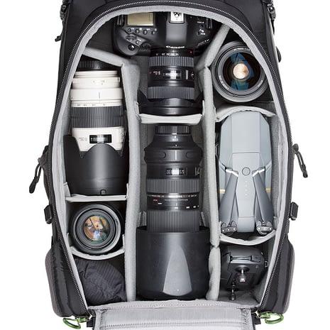 BackLight-36L_0003_BackLight-36L-Gear-Canon3-098_1181233c-7255-44d0-9064-676ae70264dc