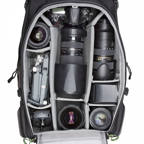 BackLight-36L_0001_BackLight-36L-Gear-Nikon2-082_19499bd6-6b70-4488-ab1a-3c060174fa3d